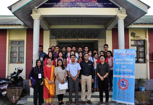 Group photo with expert (Dr. T. R. Lenka, Asst. Prof., Dept. of ECE, NIT Silchar) along with the students and organizers